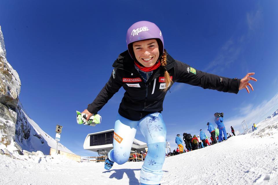 Zhrnutie slalomu v Levi – 1. kolo: Mazeová prvá, Shiffrinovej jazda nevyšla