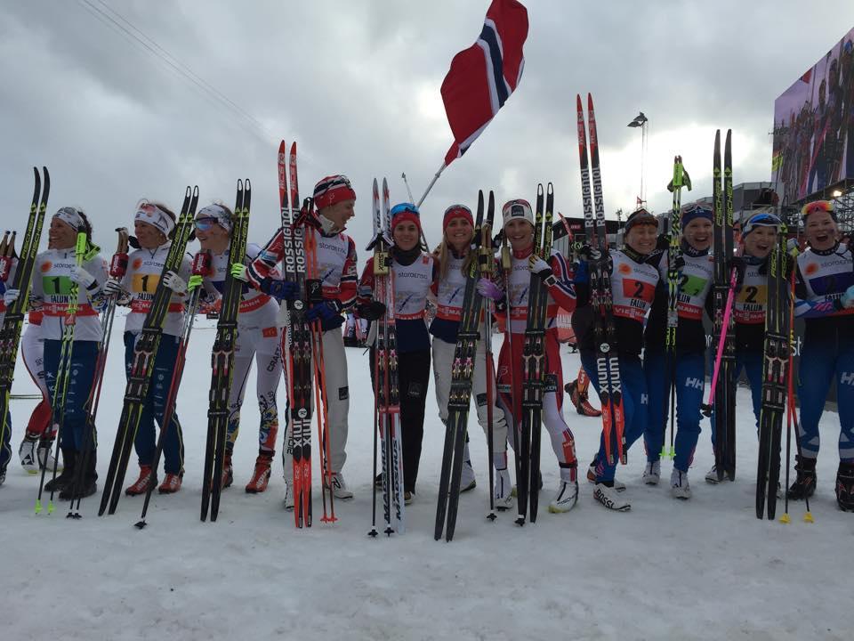 Zlatý hetrik reprezentantiek Nórska v štafete na 4×5 km na MS