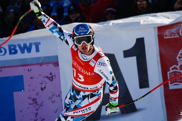 Mayer víťazne v alpskej kombinácii, Pinturault sa dostal na čelo SP