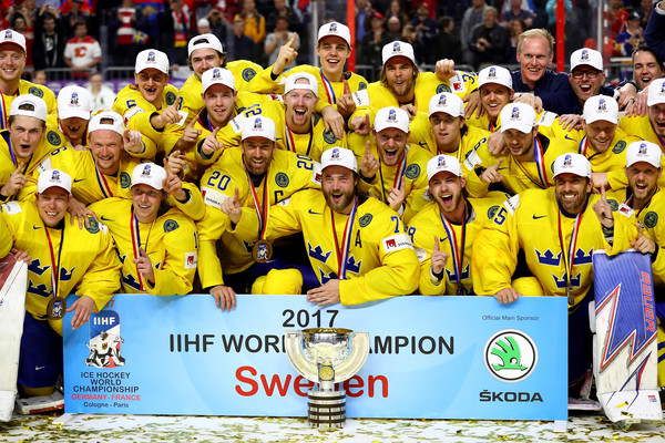 Švédi sa stali majstrami sveta v hokeji, Kanadu zdolali v nájazdovom rozuzlení