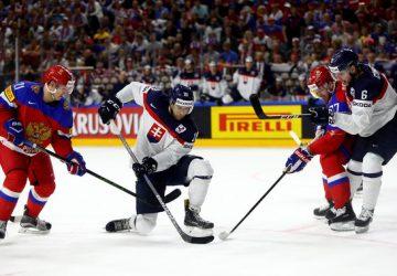Slovenskí hokejisti podľahli Rusom až po predĺžení