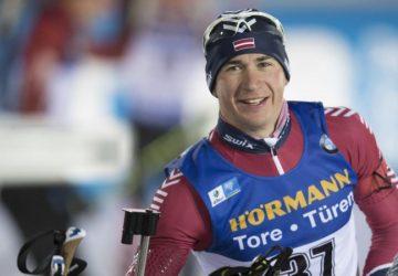Biatlonista Andrejs Rastorgujevs  vynechal dopingové kontroly, suspendovali ho