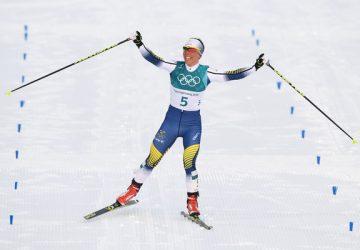 Prvé zlato na ZOH v Pjongčangu vybojovala v skiatlone po skvelom nástupe Charlotte Kallová