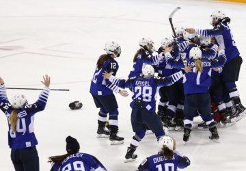 Zlato v ženskom hokejovom turnaji získali po dráme v zámorskom derby Američanky