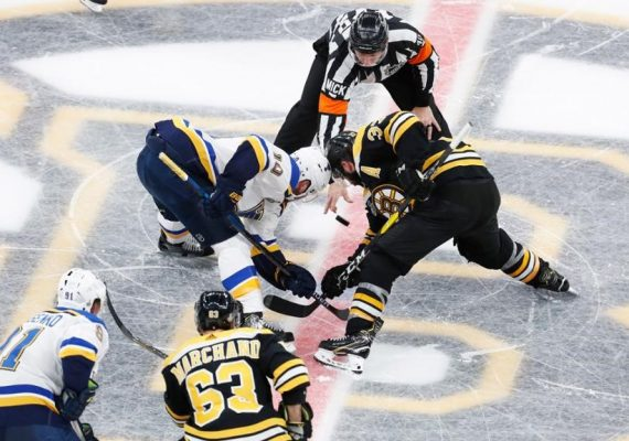 Boston bude hosťovať rozhodujúci zápas finále NHL