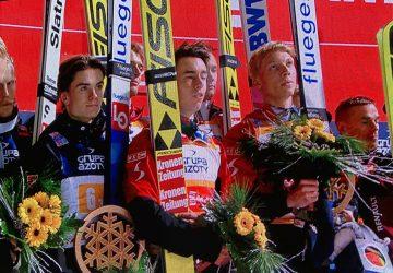 V ouvertúre SP súťaže družstiev v skokoch na lyžiach vyhralo kvarteto z Rakúska