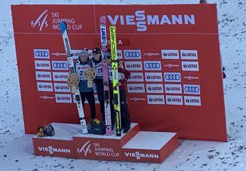 Úvodnú individuálnu súťaž v skokoch na lyžiach vyhral Nór Daniel Andre Tande