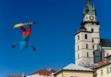 Počas víkendu sa na kremnickom námestí uskutoční unikátne freestyle podujatie Big Air
