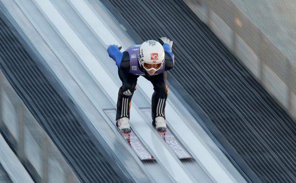 SP Ruka: Mladý skokan na lyžiach Granerud zaknihol prvé víťazstvo v kariére