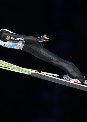 Skokan na lyžiach Markus Eisenbichler vyhral na mostíku vo Wisle